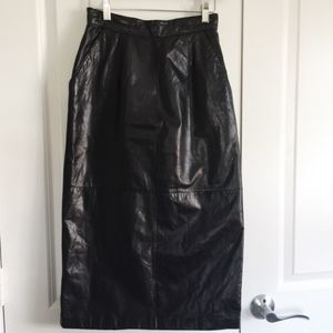 Vintage High-Waist Black Leather Pencil Skirt XS/S